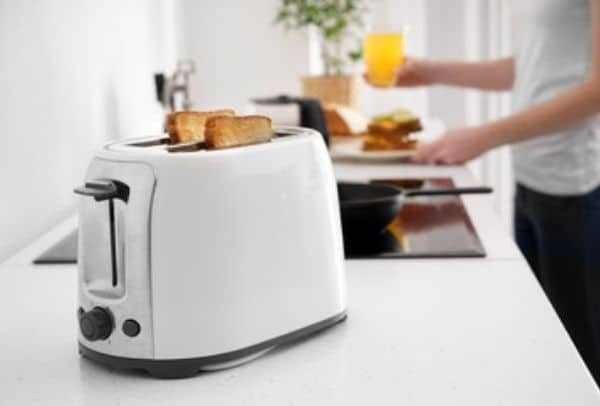 is it cheaper to make your own bread with a bread maker
